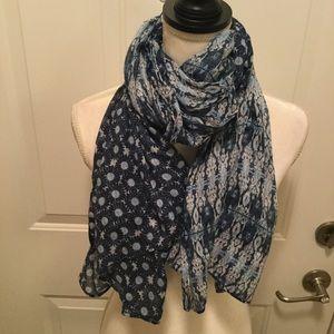 Cejon printed scarf